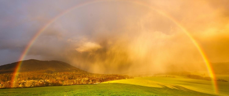 ELKE KOUBA, ein Regenbogen: Heilung darf geschehen